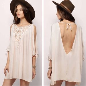 NWT Tobi Tantalizing Blush Crepe Tunic Top